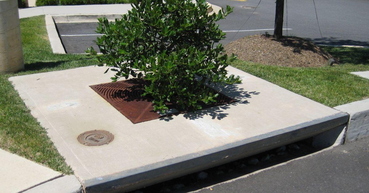 Driveway Drainage - ACO Drainage - Linear Drive Drainage